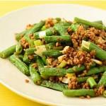 インゲンと挽肉の中華炒め